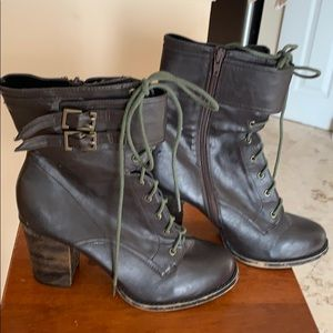 Woman's size 10 leather boots worn well